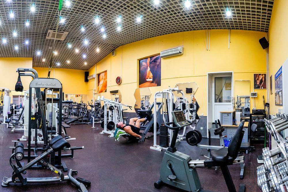 фитнес клубы по станциям метро москва